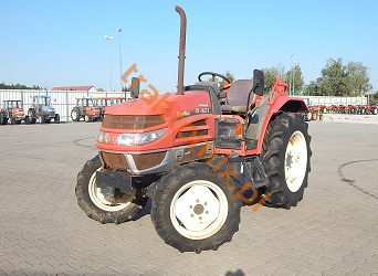 Yanmar, model US401, nr. ramy: 000300 4WD